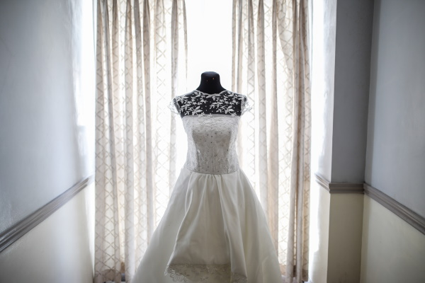 Wedding Dress Shopping: 8 Common Wedding Dress Mistakes to Avoid